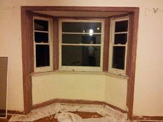 03/10/2013: Gradually stripping windows, architraves and skirting boards back to underlying timber. Slow going