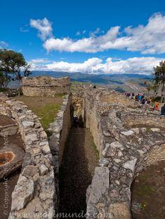 Fortress of Kuelap - Chachapoyas, Peru http://www.veoelmundo.com/content/fortress-kuelap-chachapoyas-peru