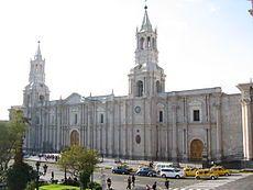 Catedral de Arequipa-Perú Una bella Iglesia y gran ciudad, hermosa.