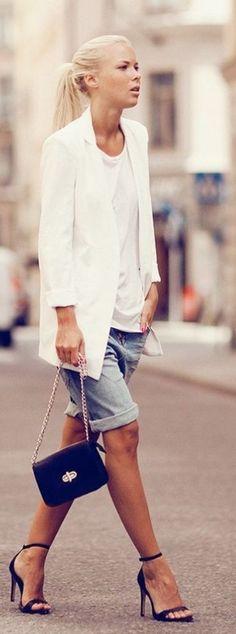 Blue Denim Rolled Cuffs Boyfriend Shorts by Just Coco. all about the white blazer Fashion Mode, Look Fashion, Spring Fashion, Fashion Design, Street Fashion, Urban Chic Fashion, Net Fashion, Fashion 2015, Petite Fashion
