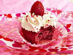 Raspberry Cupcakes with Italian Meringue Buttercream Recipe on Yummly