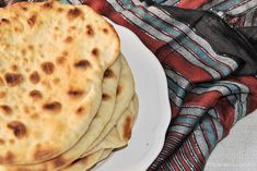 pan naan Pan Hindu, Exotic Food, Bon Appetit, Curry, Oven, Paleo, Baking, Healthy, Ethnic Recipes