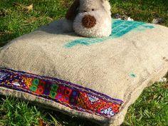 Gatos Cats, Burlap, Reusable Tote Bags, Facebook, Toss Pillows, Beds, Dogs, Hessian Fabric, Jute