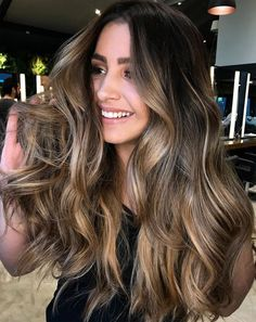 Long Wavy Ash-Brown Balayage - 20 Light Brown Hair Color Ideas for Your New Look - The Trending Hairstyle Brown Hair Balayage, Brown Ombre Hair, Brown Blonde Hair, Brunette Hair, Blonde Wig, Bayalage, Dark Brown With Ombre, Brown Hair Dyes, Brown Hair With Caramel Highlights Dark