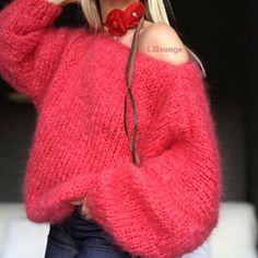 Très bon week-end mes IG ☃️💕 Winter Blouses, Winter Sweaters, Sweaters For Women, Cozy Fashion, Knit Fashion, Gros Pull Mohair, Knitting Wool, Mohair Sweater, Insta Look