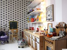 amazing wallpaper - Interior Pictures by Sirlig. Kids Room Design, Baby Design, Kids Play Spaces, Kids Rooms, Girl Room, Amazing Wallpaper, Kids Bedroom, Decoration, Playroom Decor