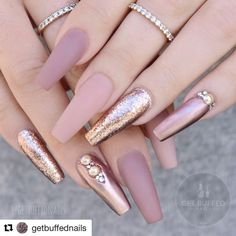 So amazing #Repost @getbuffednails with @repostapp ・・・ ⚱️ Antique ⚱️ @gfa_australia FW107/NU14 @uglyducklingnails acrylic/matte top @skylinebeautysupply pearls/rose leaf #getbuffed #nailsmagazine
