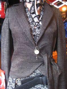 #Londra #London #Roma #Rome #Lolalondonstyle #fashion #outfit #vestiti #caps #moda #donna #streetstyle #abbigliamento #vintage #shopping #guardaroba #borse #cappell Lolà - London Style  via Cornelio Labeone 72 00174 Roma Facebook: http://www.facebook.com/Lola.Roma.London Pinterest: http://www.pinterest.com/LolaLondonStyle Twitter: https://twitter.com/LolaLondonStyle