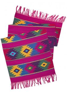 Mayan Table Runner in Pink // A colorful summer table