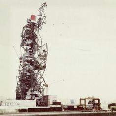 Scrap Skyscraper Concept  by Projeto Coletivo