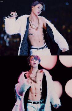 hot chimchim🌈 BTS 👉🏻 V / Taehyung V Taehyung, Namjoon, Seokjin, Hoseok, Bts Jimin, Bts Bangtan Boy, Jhope Abs, Bts V Abs, Jimin Hot