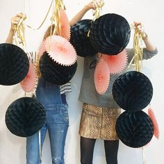 Do you think our accessories are a bit over the top today!?!! #peekaboo #christmaswindow #jingleballs