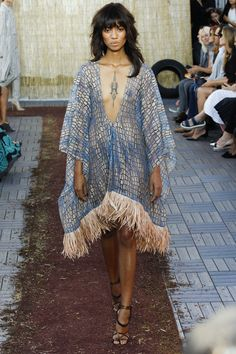 Sophie Theallet Spring 2016 Ready-to-Wear Collection Photos - Vogue