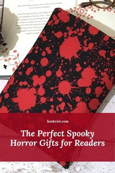 A roundup of sweet horror gifts for readers, including spooky witches, Stephen King goods, and cross stitch patterns for fans of all things scary. bookish gifts | horror gifts | gifts for readers | gifts for book lovers | stephen king gifts | witchy gifts