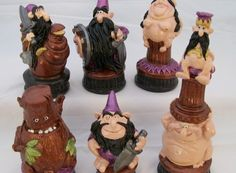 Wizards Chess Set - this funny set also comes versus Ogres