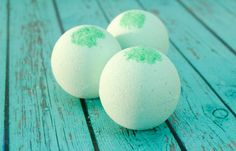 Eucalyptus Mint Scented Bath Bomb A by CleanLineSoapCompany