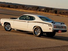 1970 Plymouth Duster.. Great looking Big block Duster !!!