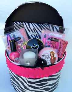 Fun DIY Makeup Hamper - DIY Christmas Gifts for Teen Girls