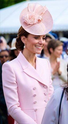 Duchess of Cambridge Princesa Kate Middleton, Kate Middleton Outfits, Kate Middleton Style, Kate Middleton Prince William, Prince William And Catherine, William Kate, Kate And Meghan, Catherine The Great, Herzog