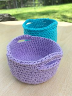 Mini Baskets~free #crochet pattern by JustBCrafty. #handmade