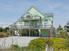 Do you hear that? Aahhh! That's the sound of a long, relaxing vacation that is best spent at this Emerald Isle beach rental. Aahhh! is a colorful duplex with 4 bedrooms (3 queen and 2 single beds, 2 queen sleeper sofas) and 2 bathrooms with easy beach access.Read more!