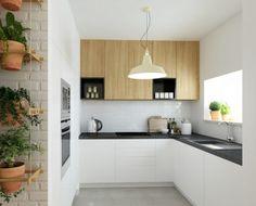 Modern Kitchen, Small Kitchen Ideas White Cabinets Black Countertop Oak Wood Accent — Modern oak kitchen designs – trendy wood finish in the kitchen Kitchen Sets, Kitchen Decor, Kitchen Layout, White Kitchen Cabinets, Narrow Kitchen, Wall Cabinets, Kitchen White, Upper Cabinets, Cuisines Design