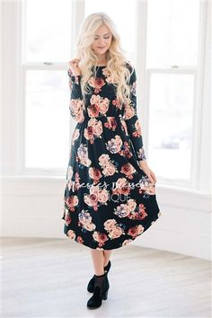 Black Roses Floral Dress! With pockets and so very soft!