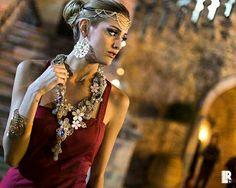 Nel Baule di Marci per Tratti d'Amore.  Ph: Rossano Lippolis  #trattidamore #weddingday #wedding #nelbauledimarci #matrimonioinpuglia  #matrimonio #sposi #bijoux #jewels #Puglia #Italy