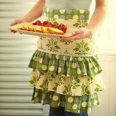 Ruffled apron!   CUTE!