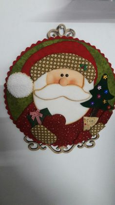 Felt Christmas, Xmas, Christmas Ornaments, Santa Paintings, Diy And Crafts, Crafts For Kids, Penny Rugs, Table Runners, Velvet