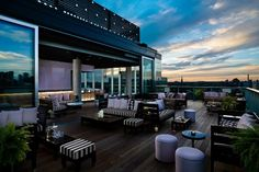 Rooftop Lounge at Thompson Toronto, Photo Courtesy of Thompson Hotels Group