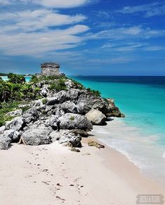 This is where I truly want to be! Tulum, you are gorgeous! Photo by http://beersandbeans.com @Bethany Salvon #travel #mexico #ruins