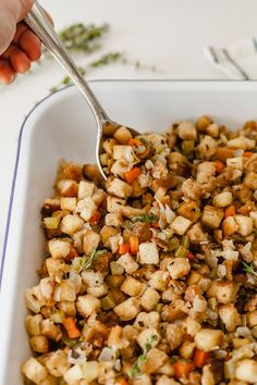Vegetarian Stuffing - Make the best stuffing that's so good, no one will even know it's vegetarian! Easy to make vegan and gluten-free. #vegetarian #stuffing #thanksgiving #best #homemade #side