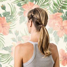Tudo com trança fica lindo, né? <3 Penteado fácil, prático e que combina com qualquer ocasião, para completar o Hair Spray Normal Charming permite modelar franjas e pontas com efeito natural, fixa solto.