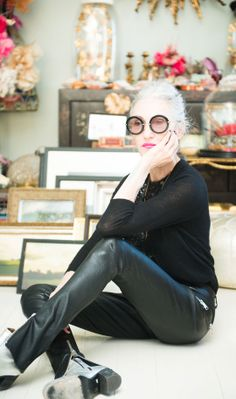 That's Not My Age: style inspiration - Aging gracefully and with her own style! Linda Rodin