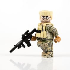 You could make this combo during TMC Week. Just putting that out there. Nerf Accessories, Lego Soldiers, Lego Custom Minifigures, Lego Army, Lego Pictures, Lego Photo, Samurai Armor, Wrangler Shirts, Military Figures
