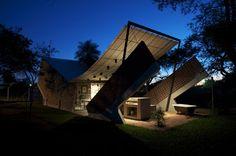 arquitectura y tecnología: Javier Corvalan +Laboratorio de Arquitectura.
