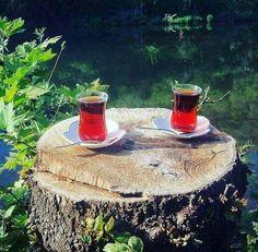 mert34: Fotoğraf Coffee Gif, Coffee Cups, Tea Cups, Coron Island, Turkish Tea, Tea Culture, Iranian Food, Flower Tea, Tea Time