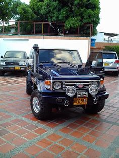 The ultimate Toyota 70 series land cruiser Toyota 4x4, Toyota Hilux, Toyota Land Cruiser, Mitsubishi Suv, Landcruiser 79 Series, Suv 4x4, Best 4x4, Ford Bronco, Diesel Trucks