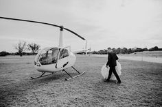 This aussie couple's post-wedding helicopter ride is seriously so epic| Image by LiFe Photography