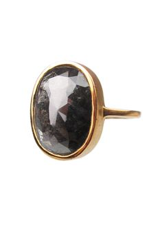 black diamond ring..... this was my inspiration picture for hubby while he was stone shopping in afghani-land