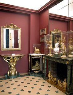 Armários Marie-Antoinette Room 61, Sully, um e-étage © Musée du Louvre / A.  Dequier