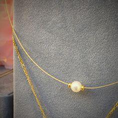Cadena rígida de oro de ley con perla cultivada para el Dia de la Madre