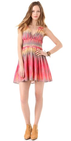 Summer Dress.....bought a dress like this today!