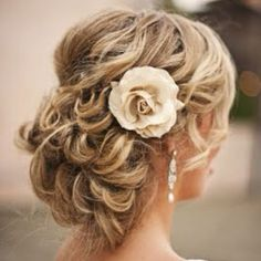 Maid of honor hair