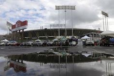 Alameda County approves negotiations on $1.3B Raiders stadium http://www.reviewjournal.com/sports/nfl-vegas/alameda-county-approves-negotiations-13b-raiders-stadium?utm_source=rss&utm_medium=Sendible&utm_campaign=RSS