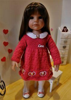 Tuto robe coeurs pour poupée Gotz Gotz Dolls, I Dress, Baby Dolls, Needlework, Doll Clothes, Flower Girl Dresses, Goth, Couture, Summer Dresses