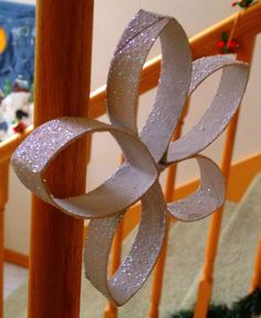 Adorable Christmas ornaments or decorations made with toilet paper rolls.