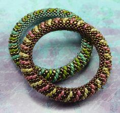 c4c1a4fc906 Super duo bangle - love it! Bead Jewellery, Seed Bead Jewelry, Seed Beads