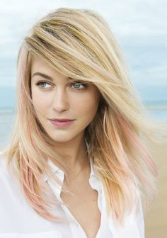 Idée Tendance Coupe & Coiffure Femme 2018 : : Long hair cuts Beautiful photos and ideas! Uk Hairstyles, Loose Curls Hairstyles, Thin Hair Haircuts, Pretty Hairstyles, Straight Hairstyles, Blonde Hairstyles, Curls For Medium Length Hair, Long Hair Cuts, John Frieda Hair Dye